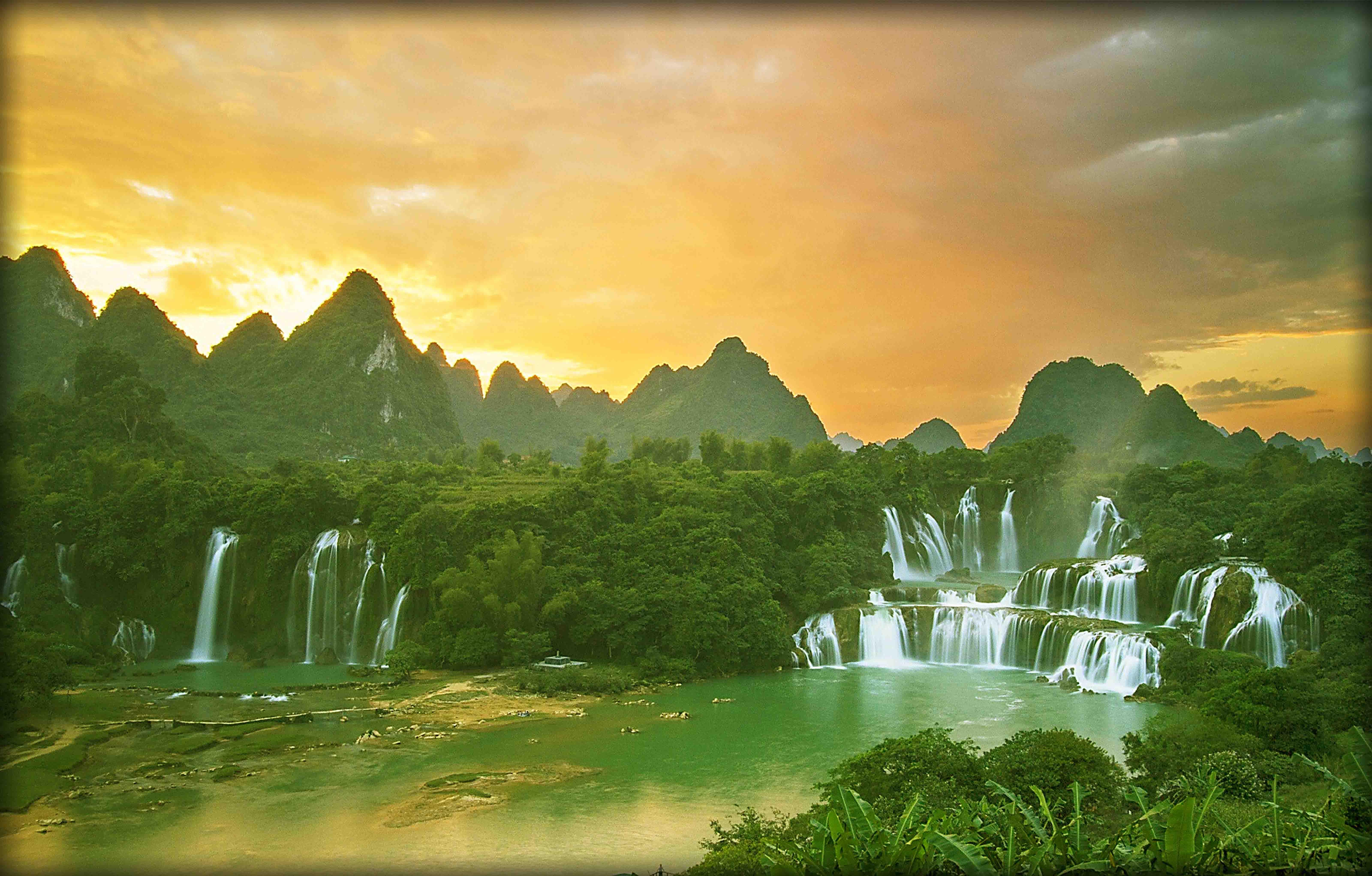 Vietnam - Skytrak Travel